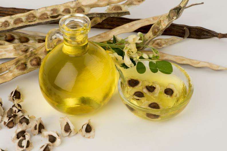 beneficios de la semilla de moringa en la piel