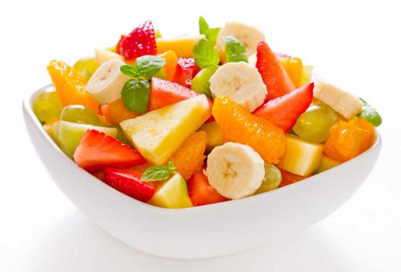ensalada de frutas y maca