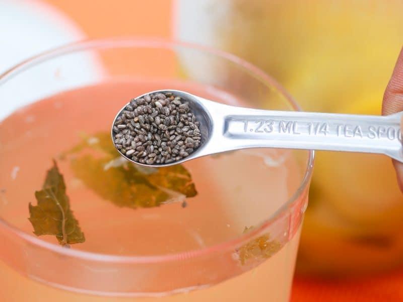 jugo de semillas de chia para adelgazar e hidratar